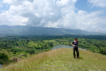 Hiking around Fort Portal in the crater lake area of Lake Saka