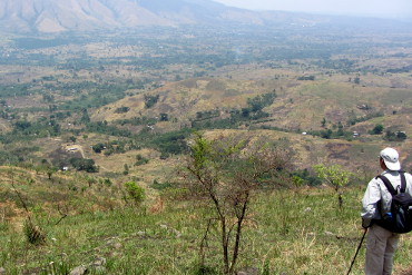 looking towards Karagutu in the rift valley from the escarpment